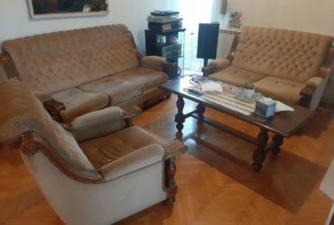 Prodavam Trosed, dvosed i fotelja